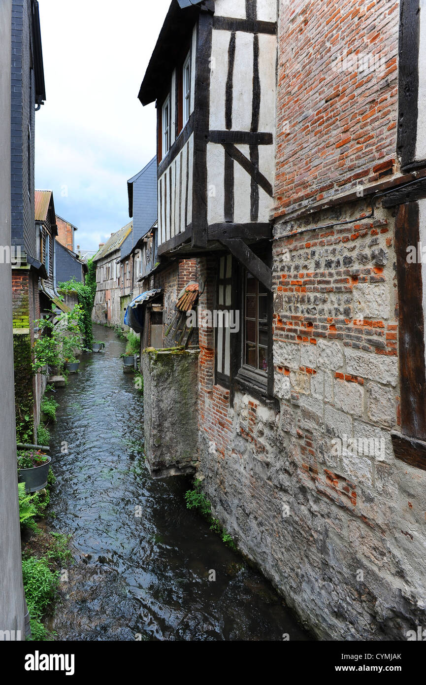 Narrow waterways in Pont-Audemer in the Haute-Normandie region in northern France - Stock Image