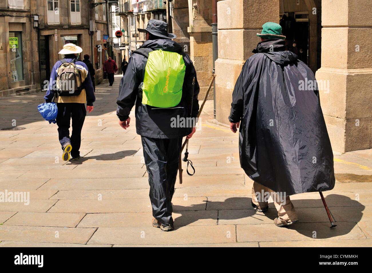 Spain, Galicia: St. James pilgrims arriving in Santiago de Compostela - Stock Image