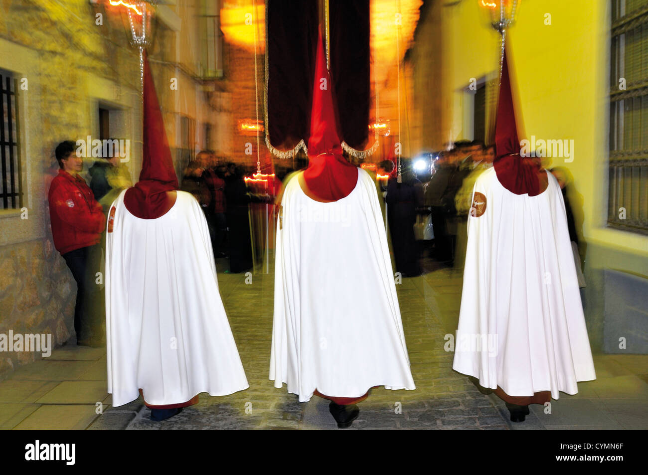 Spain: Nocturnal Easter procession in Cáceres - Stock Image