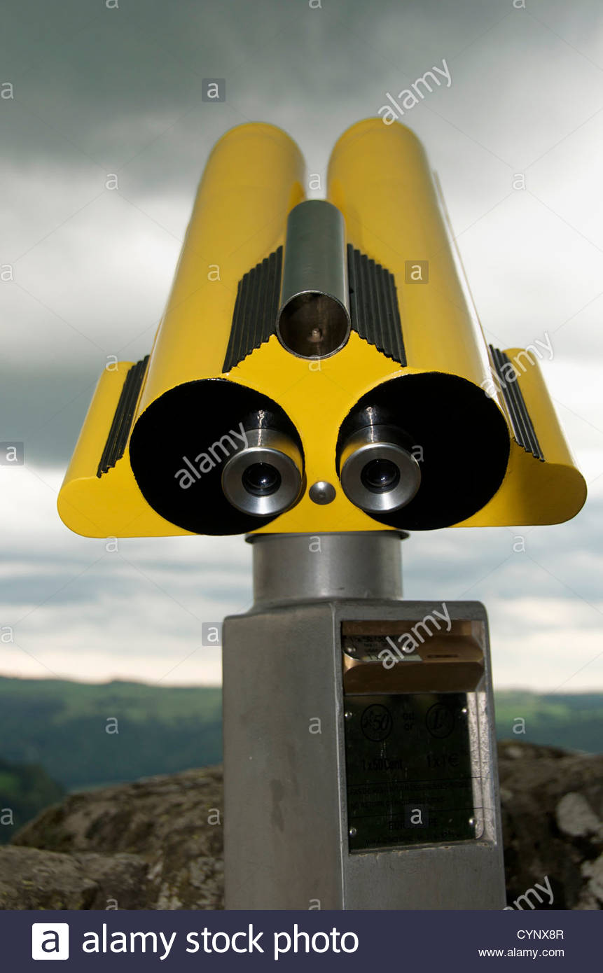 Yellow telescope - Stock Image