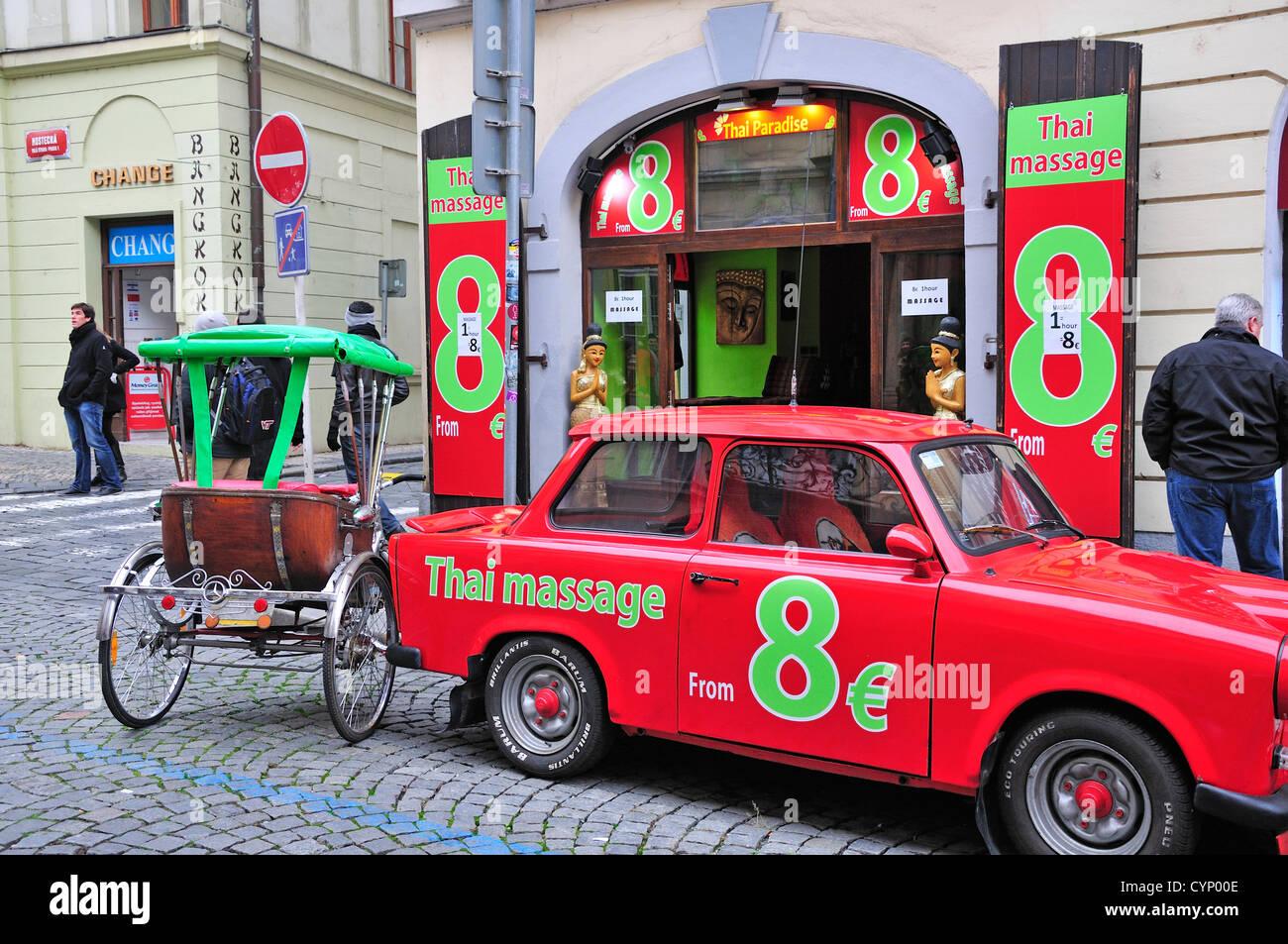 Model Hooker in Prague