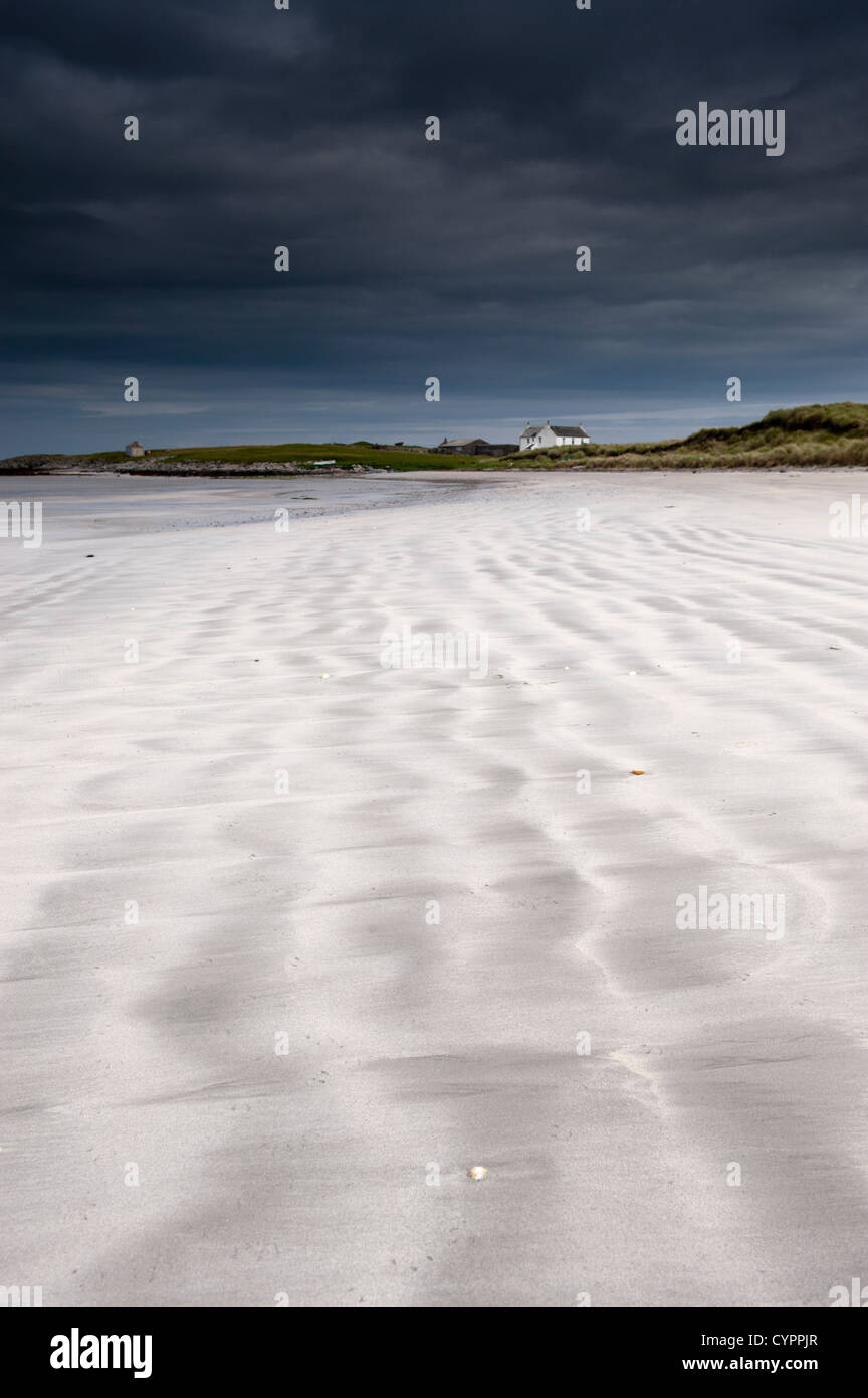 Waves in the sand on Salum beach, Isle of Tiree, Inner Hebrides, Scotland. - Stock Image