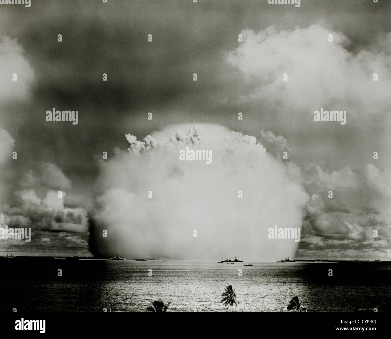 Hydrogen Bomb Explosion, Bikini Atoll, 1946 - Stock Image