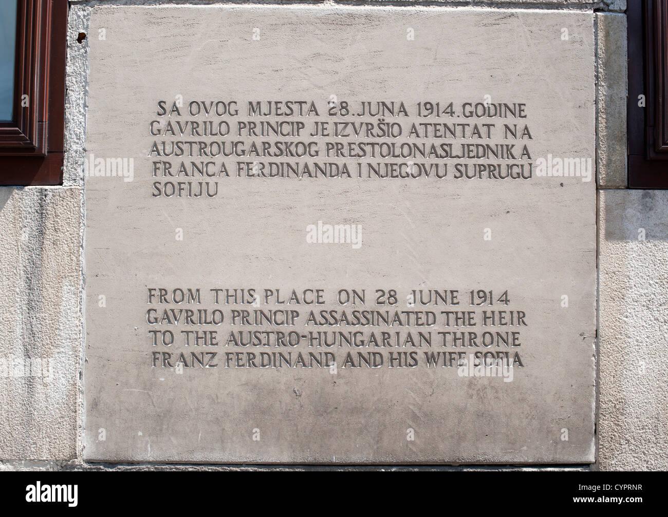 Plaque marking where Gavrilo Princip assassinated Archduke Franz Ferdinand and his wife Sofia in Sarajevo on 28 - Stock Image