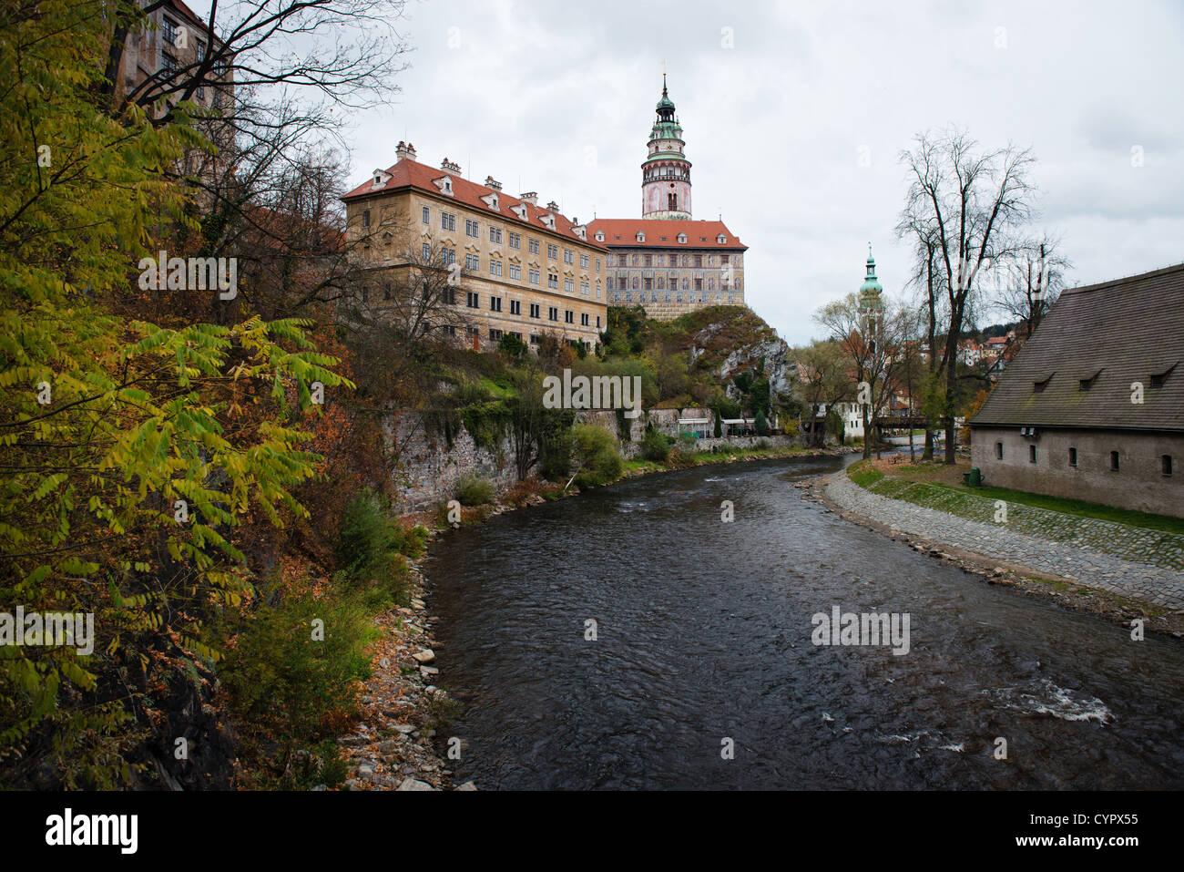 Castle in Cesky Krumlov above Vltava river, Czech Republic. UNESCO World Heritage site - Stock Image