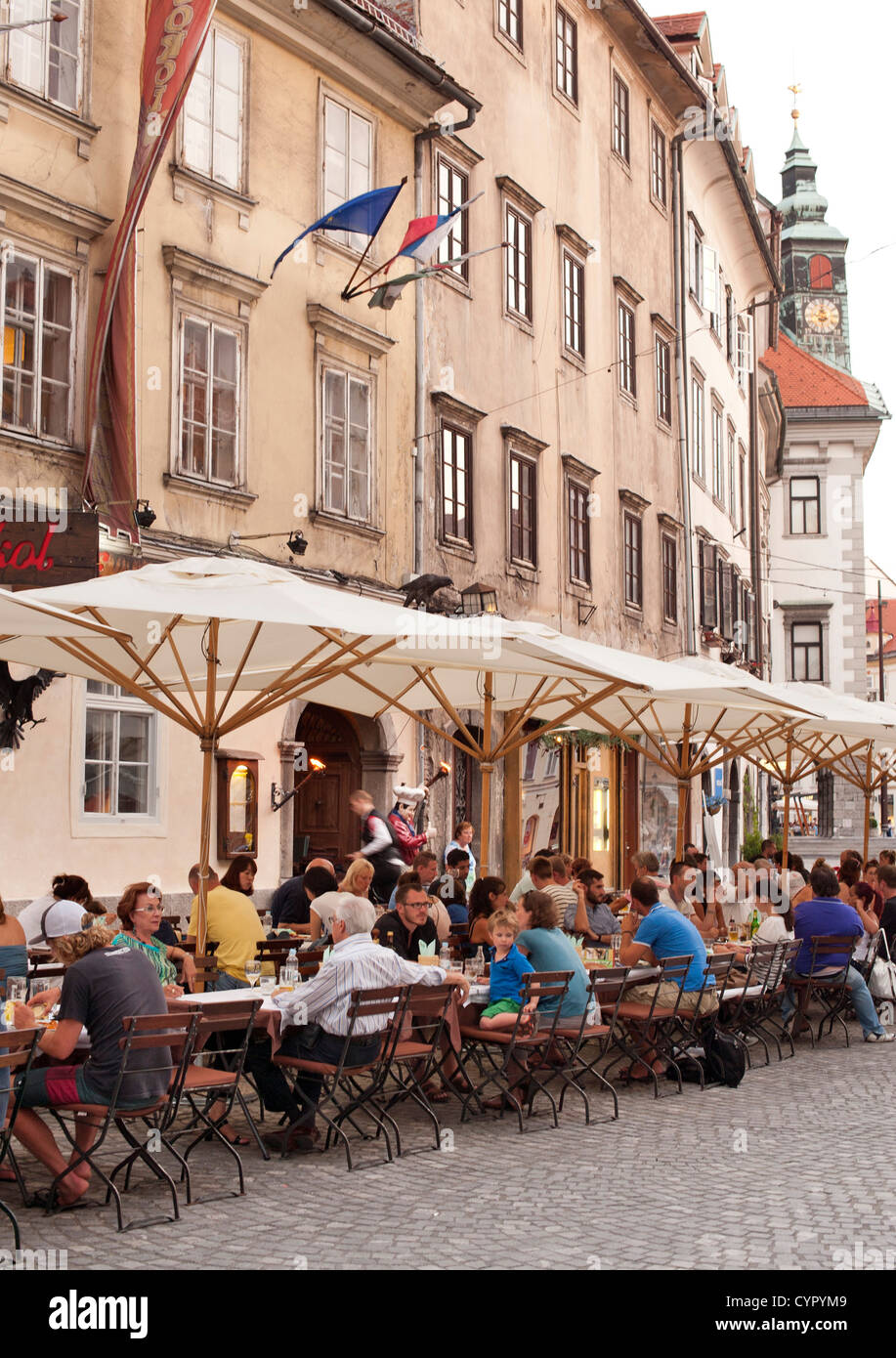Sidewalk cafés in the old town in Ljubljana, the capital of Slovenia. - Stock Image