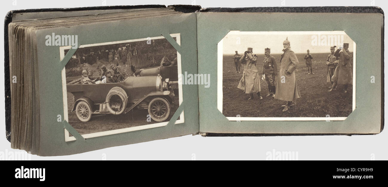 Collection of 80 postcards, of German flying a historic, historical, people, 1910s, 20th century, troop, troops, - Stock Image