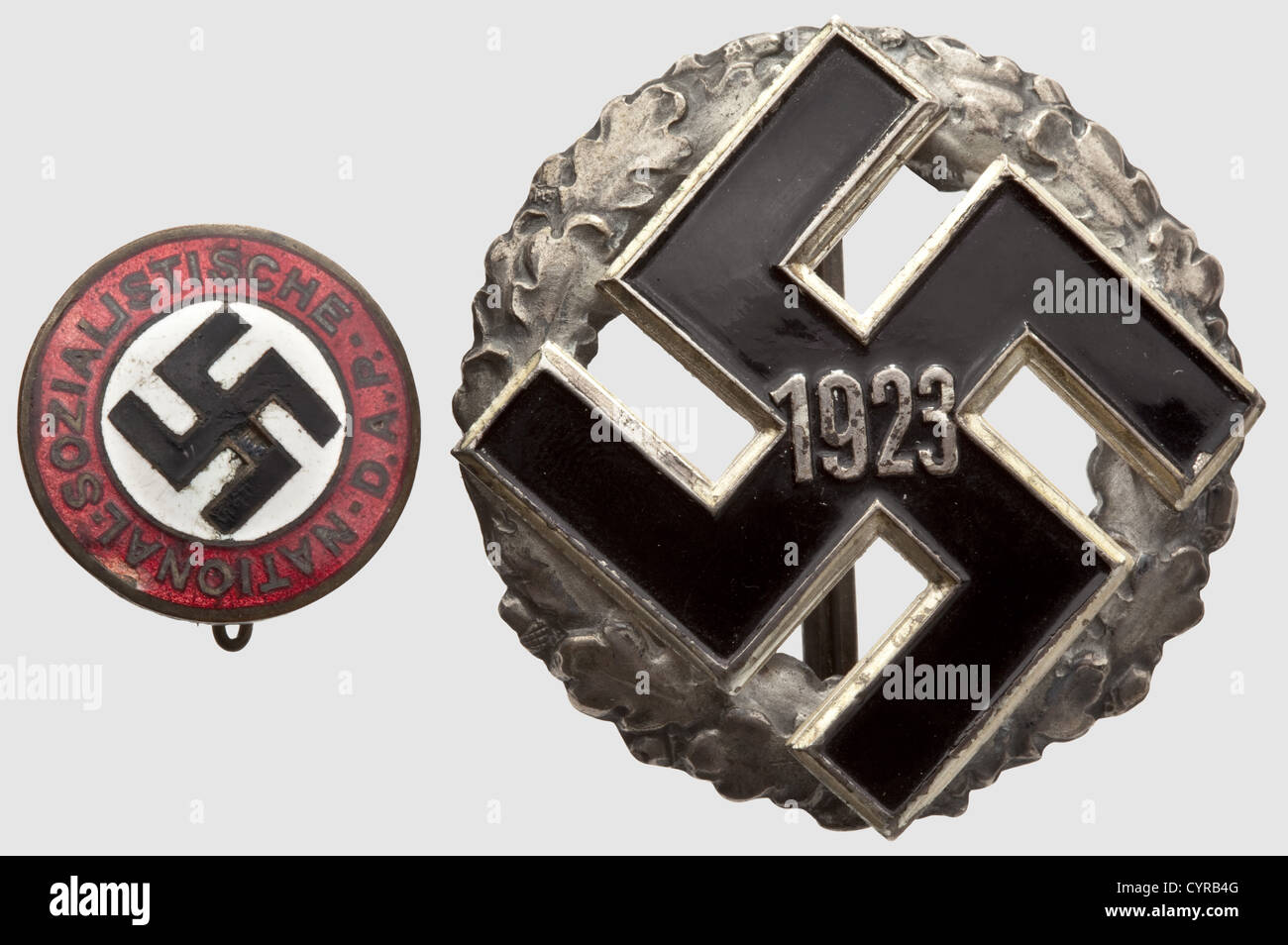 A General Gau Honour Badge, with year designation 1923 Hollow stamped silver wreath with dark patina and riveted, - Stock Image