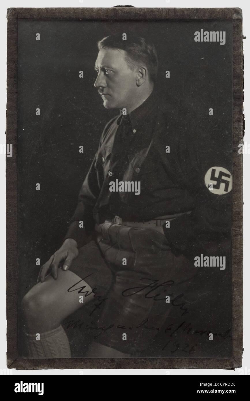Adolf Hitler - Adam Schork, A signed portrait photograph from 1926 Early photograph by Hoffmann, Hitler in lederhosen, - Stock Image