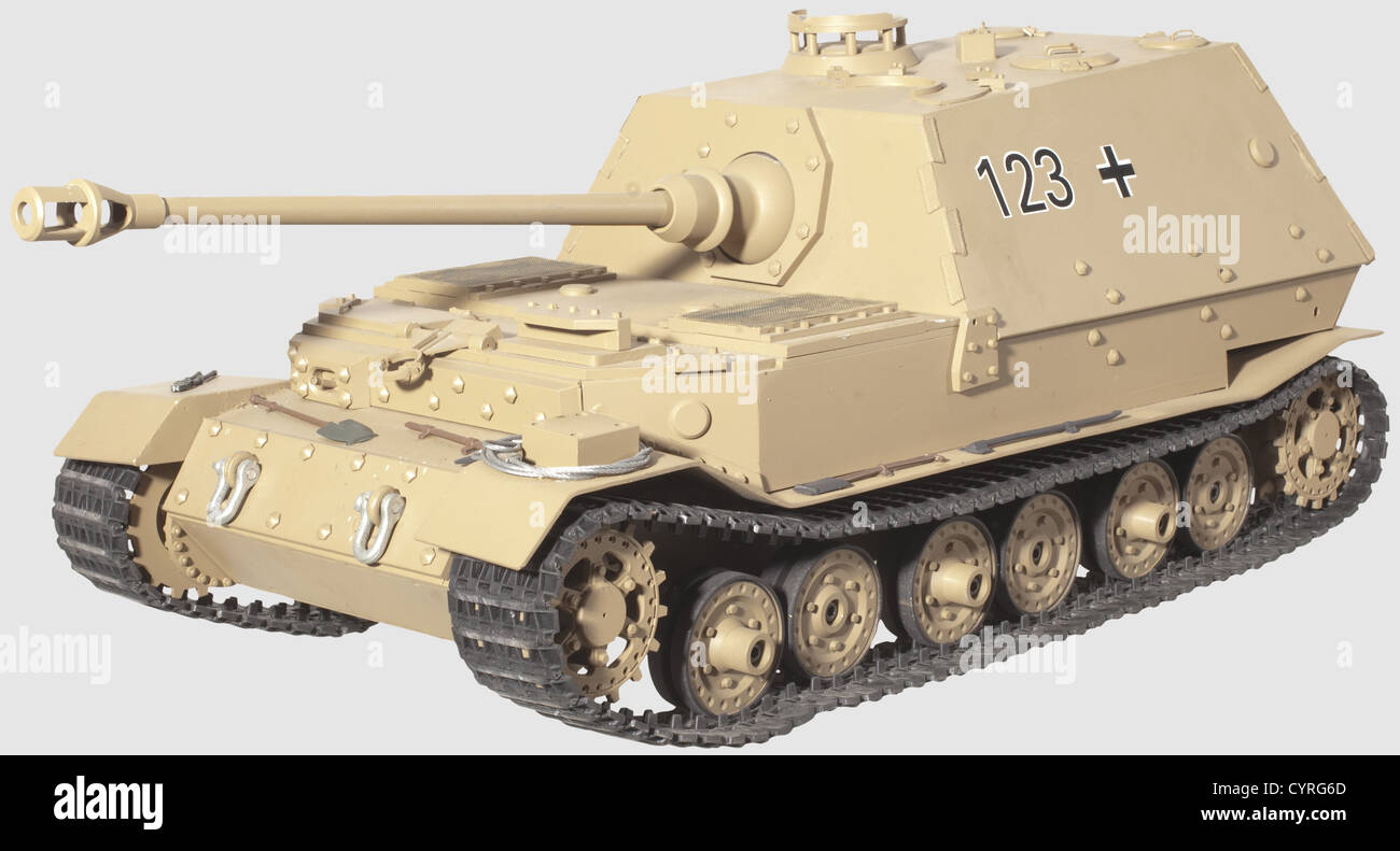 A model of a 'Ferdinand' Tank Sd.Kfz. 184, Individual metal production using original plans, painted sand - Stock Image