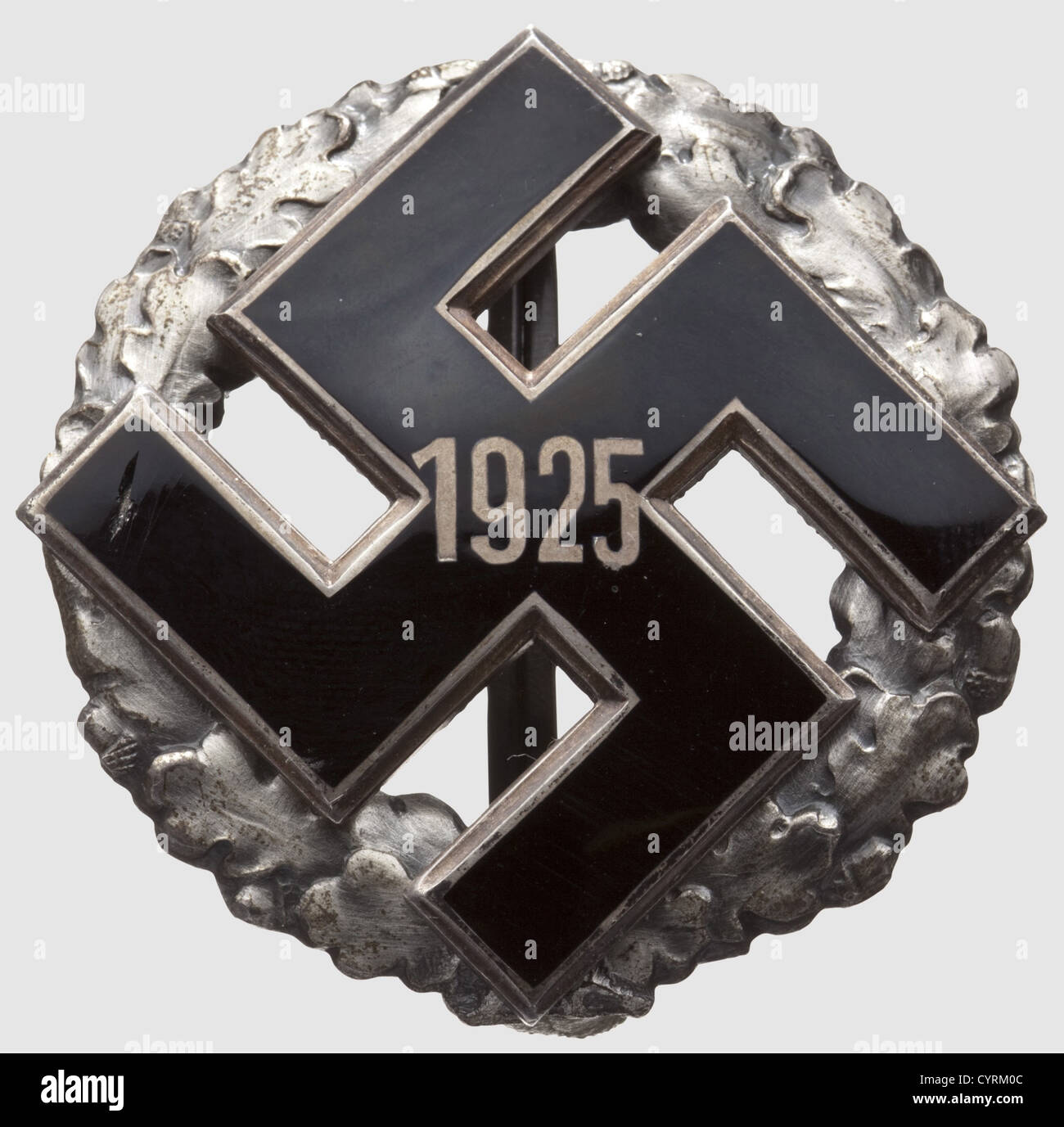 A General Gau Honour Badge, with year designation 1925 Hollow stamped silver wreath with dark patina and riveted, - Stock Image