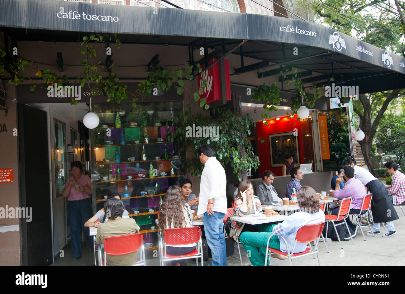Caffe Toscano Restaurant Cafe in La Condesa i Mexico City DF Stock ... 0b80b62522c
