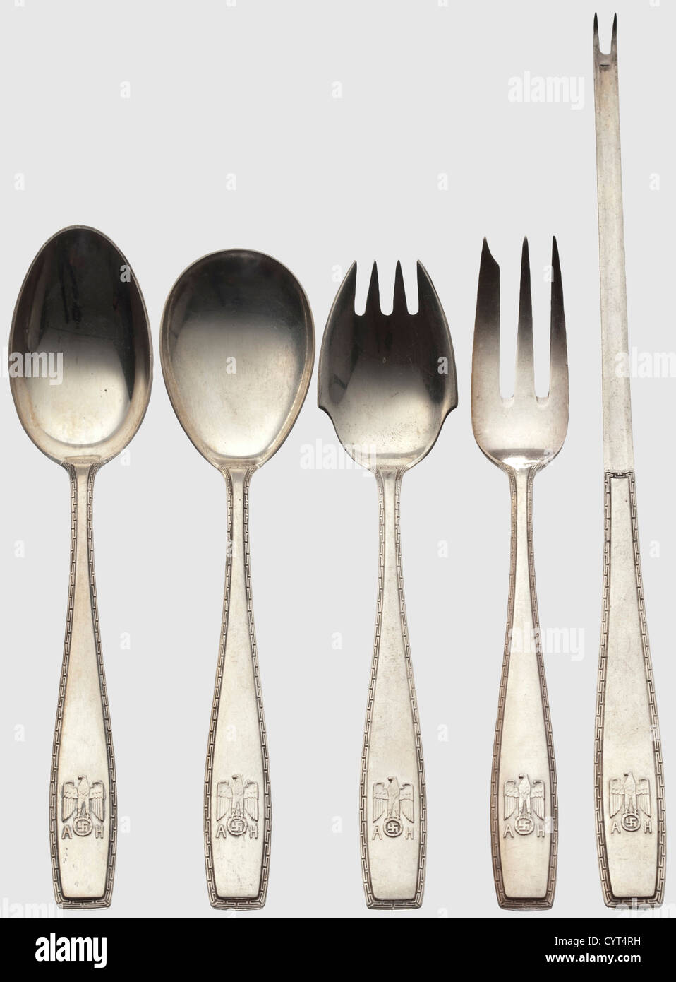 Adolf Hitler, five pieces from his personal silverware Lobster cracker, dessert and sugar spoons as well as cake - Stock Image