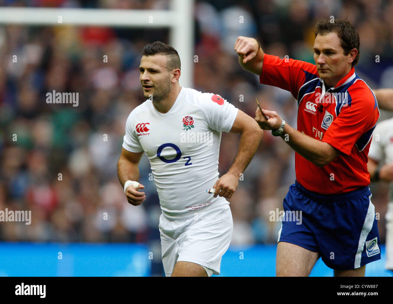 DANNY CARE IS SENT OFF ENGLAND V FIJI RU TWICKENHAM MIDDLESEX ENGLAND 10 November 2012 - Stock Image