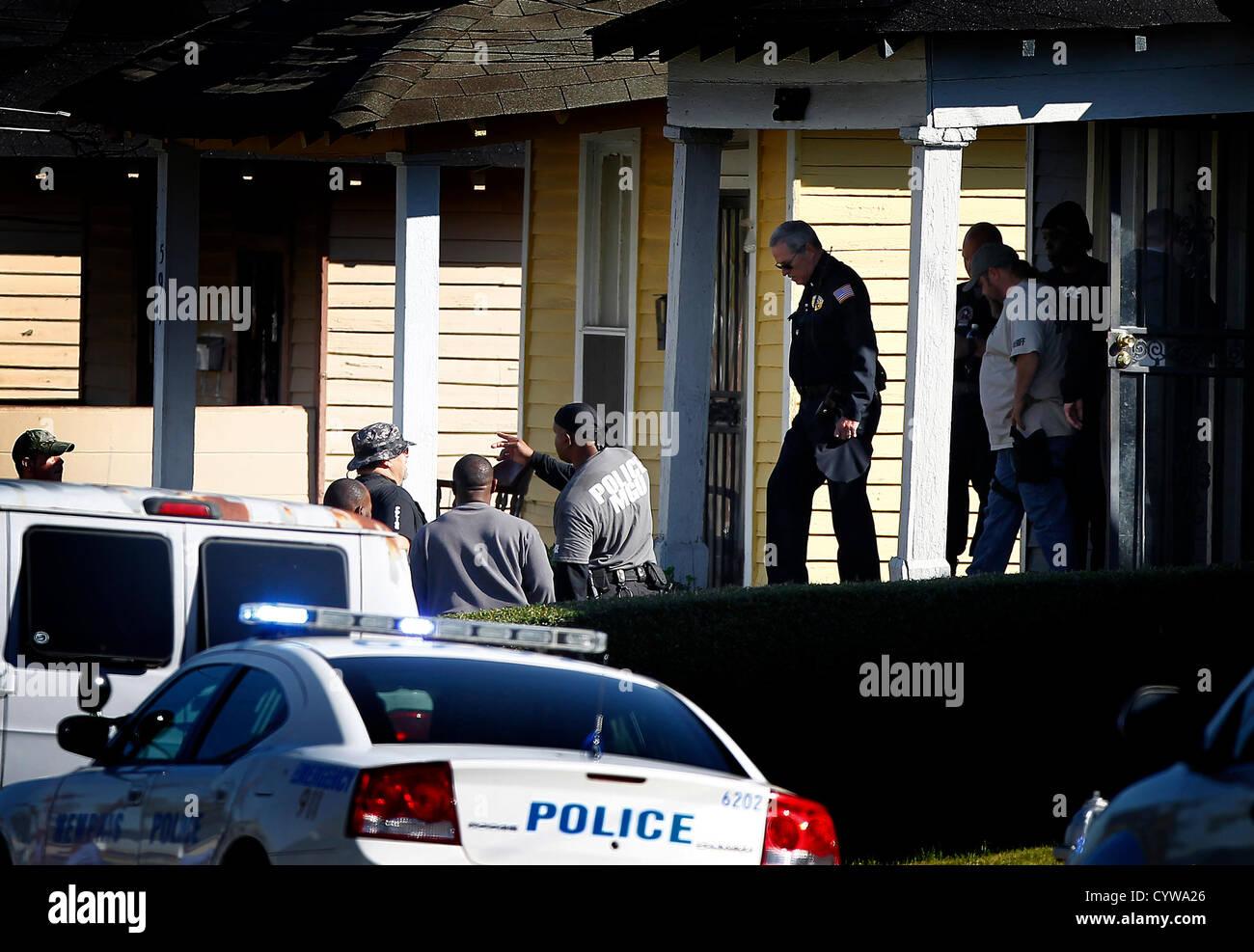 Nov. 8, 2012 - Memphis, TN, U.S. - November 8, 2012 – Memphis Police survey the scene where an officer was - Stock Image