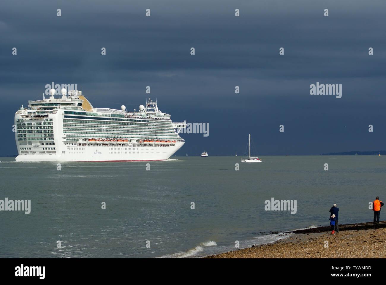 P&O Cruise Ship Azura Leaving Southampton, Hampshire, UK - Stock Image