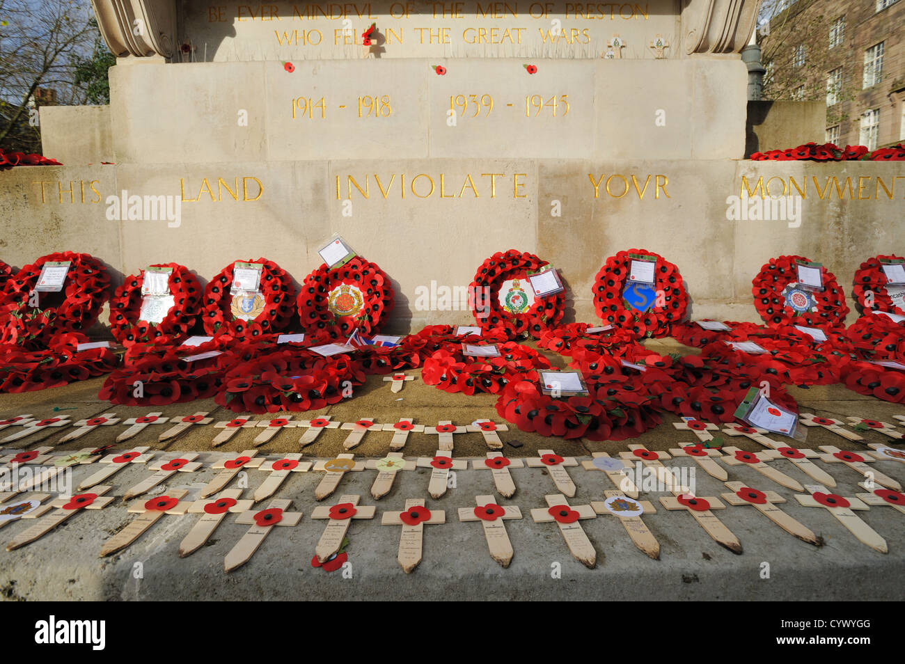 Reefs on the Cenotaph, Remembrance Day - Stock Image