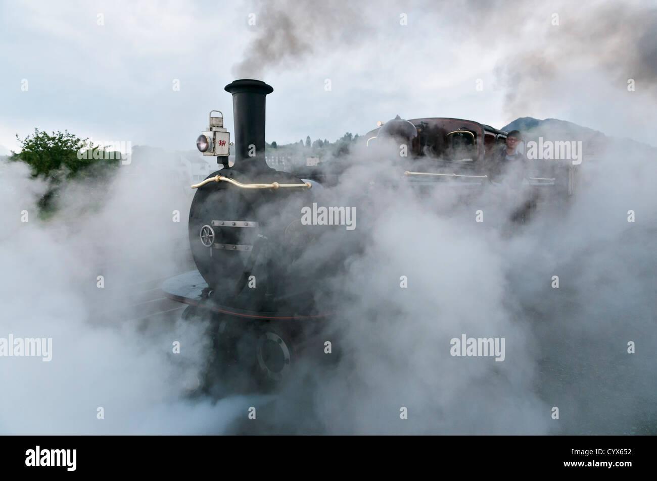 Wales, Ffestiniog Railway, steam locomotive at Porthmadog station - Stock Image