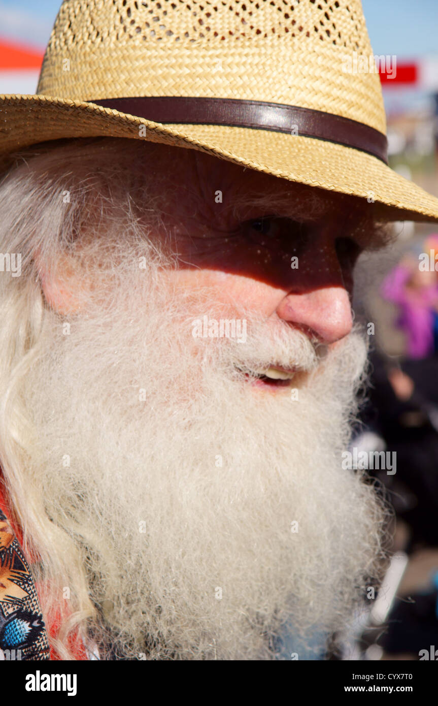 amish man male with straw hat portrait headshot mennonite white beard light  shadow long adult grownup efe2d96ae47