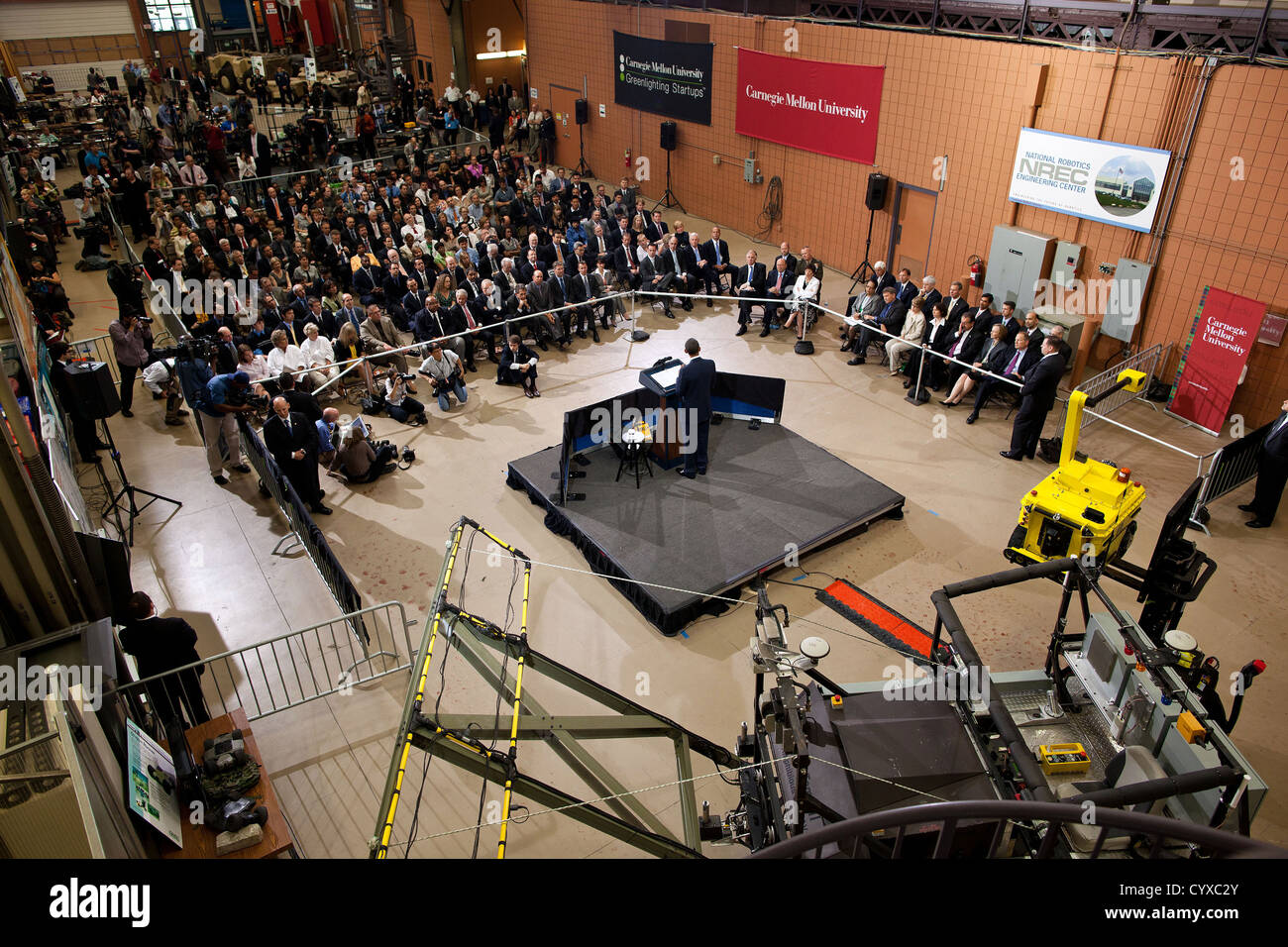 US President Barack Obama delivers remarks following a tour of the National Robotics Engineering Center at Carnegie - Stock Image