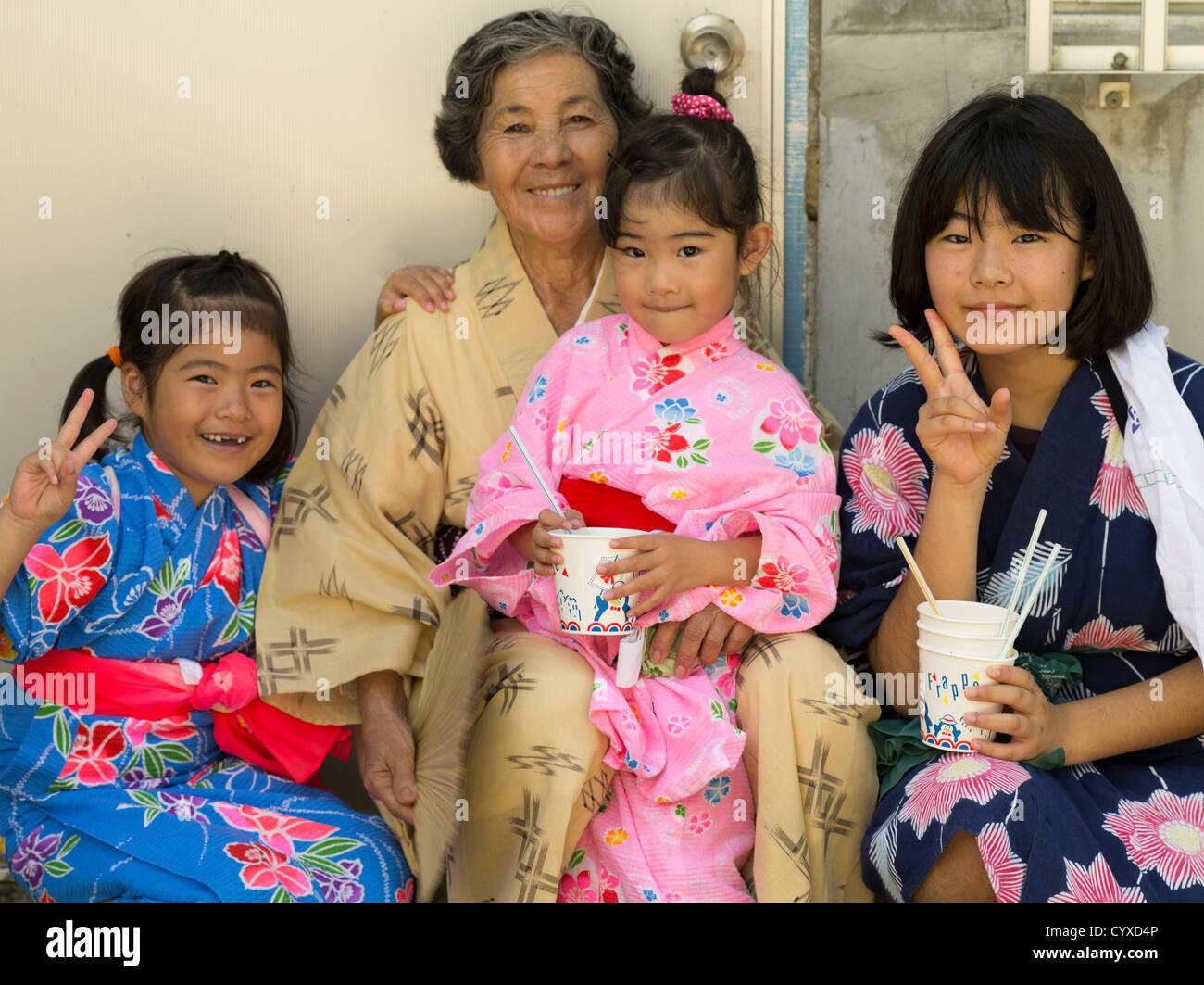 okinawan girls and grandmother wearing yukata at mushaama harvest