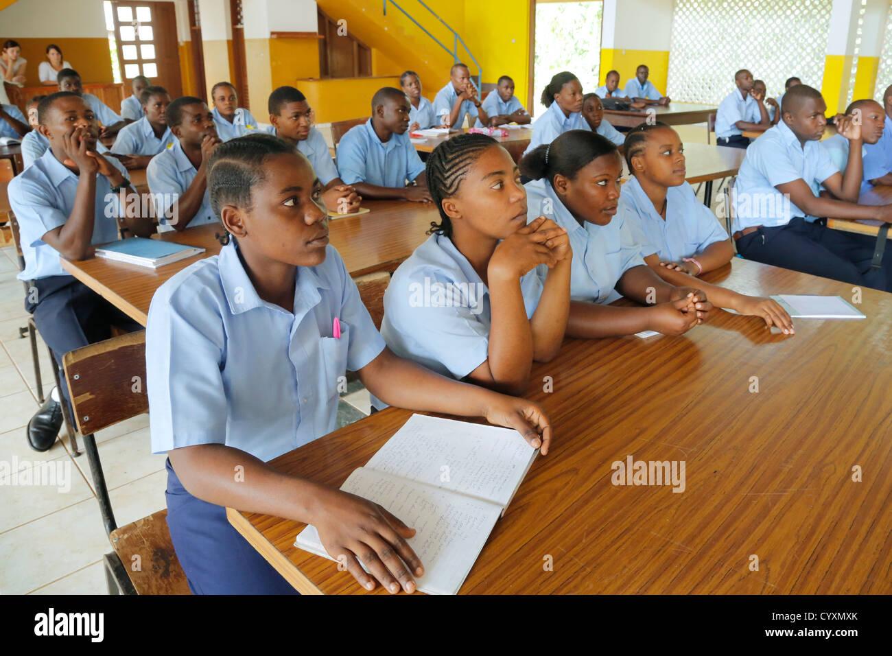 Students in a classroom of a vocational training center, Machui, Zanzibar, Tanzania - Stock Image