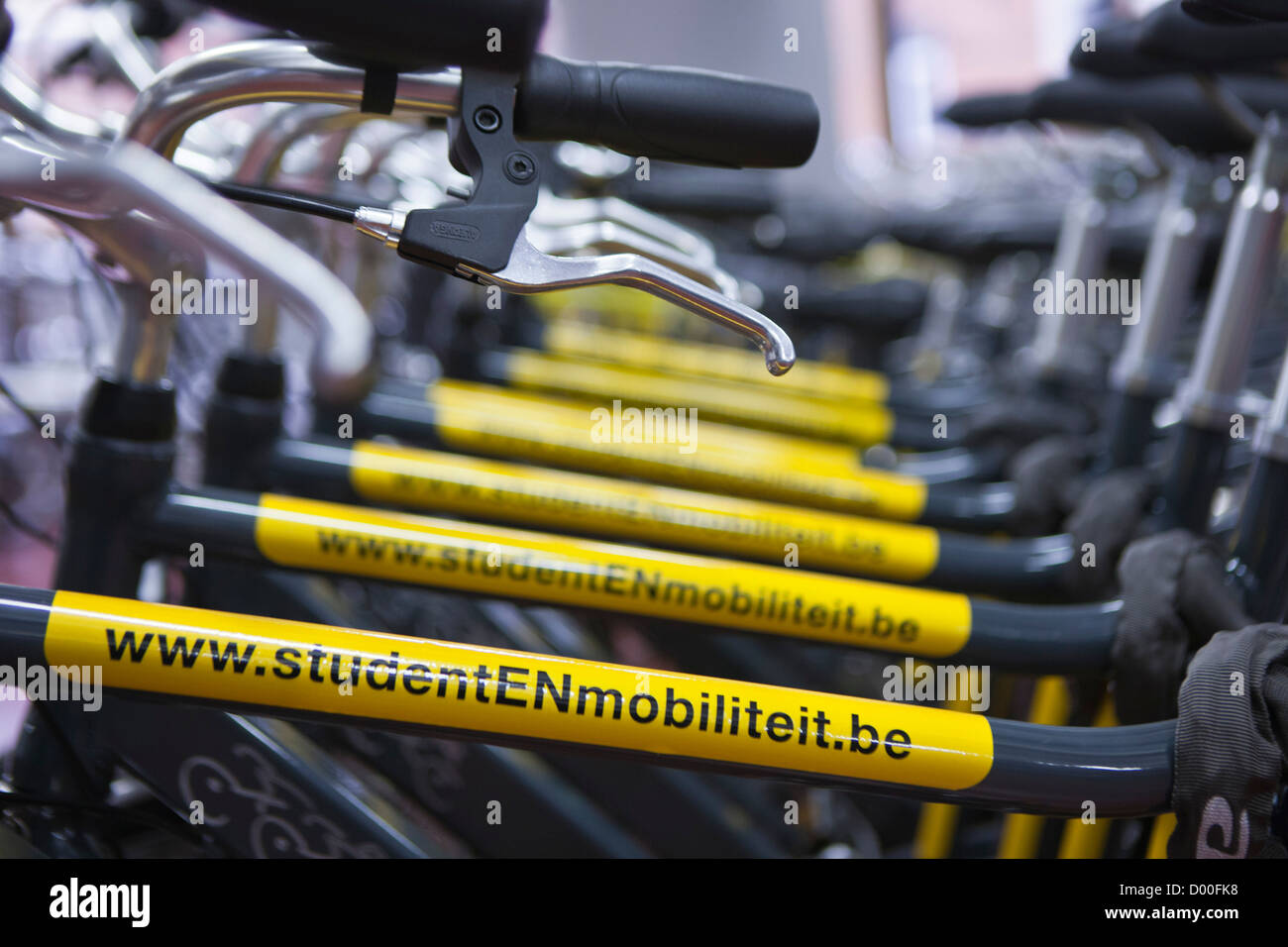 Student en Mobiliteit scheme. Students can hire a range of bicycles. Ghent, Belgium. - Stock Image