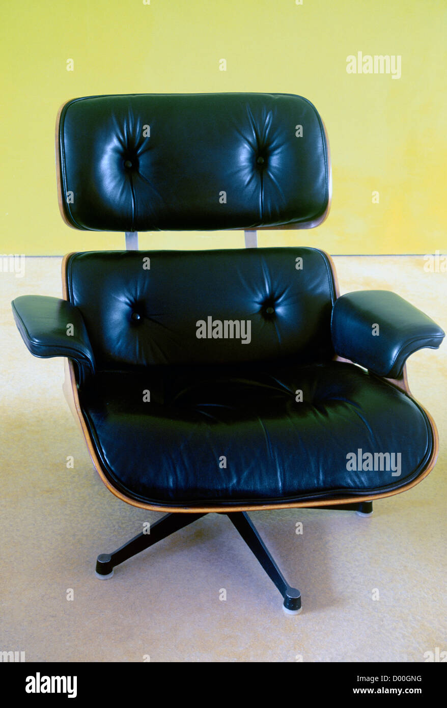 Eames High Resolution Stock Photography And Images Alamy
