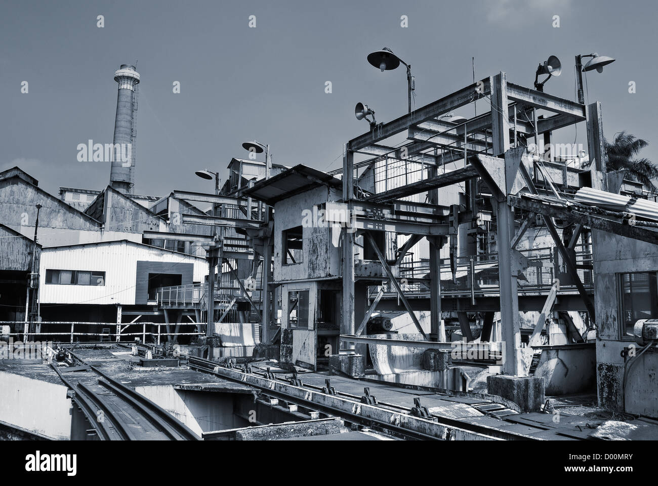Discard industrial factory building exterior with nobody. - Stock Image