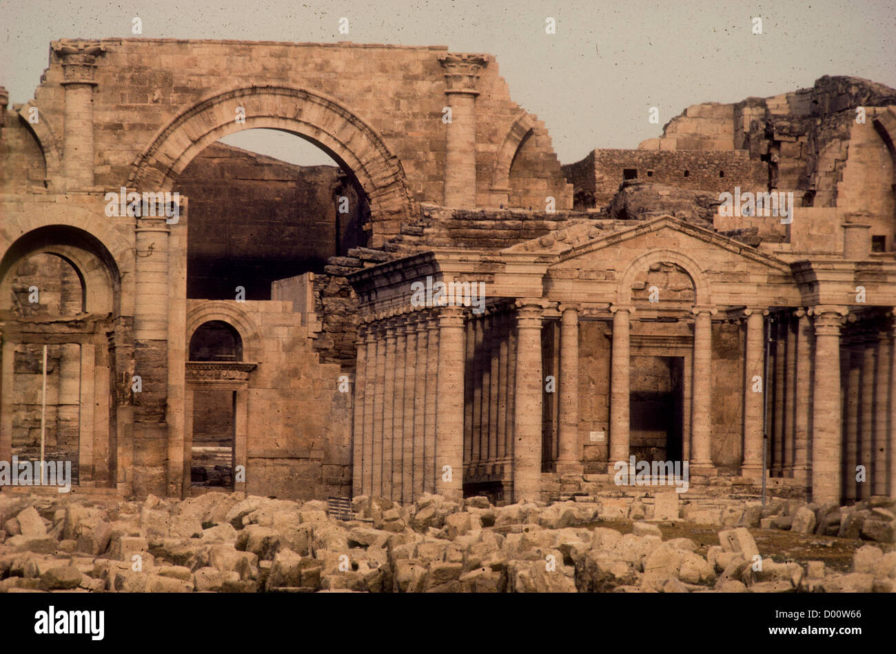 ruins of ancient Parthian fortified city of Hatra in Northern Iraq - Stock Image