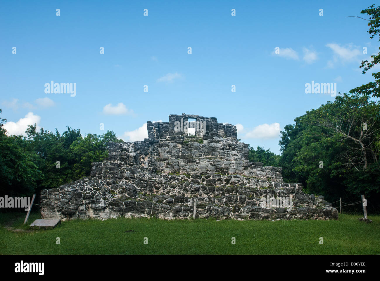 The San Gervasio Mayan Ruins On The Mexican Island Of Cozumel Stock Photo Alamy