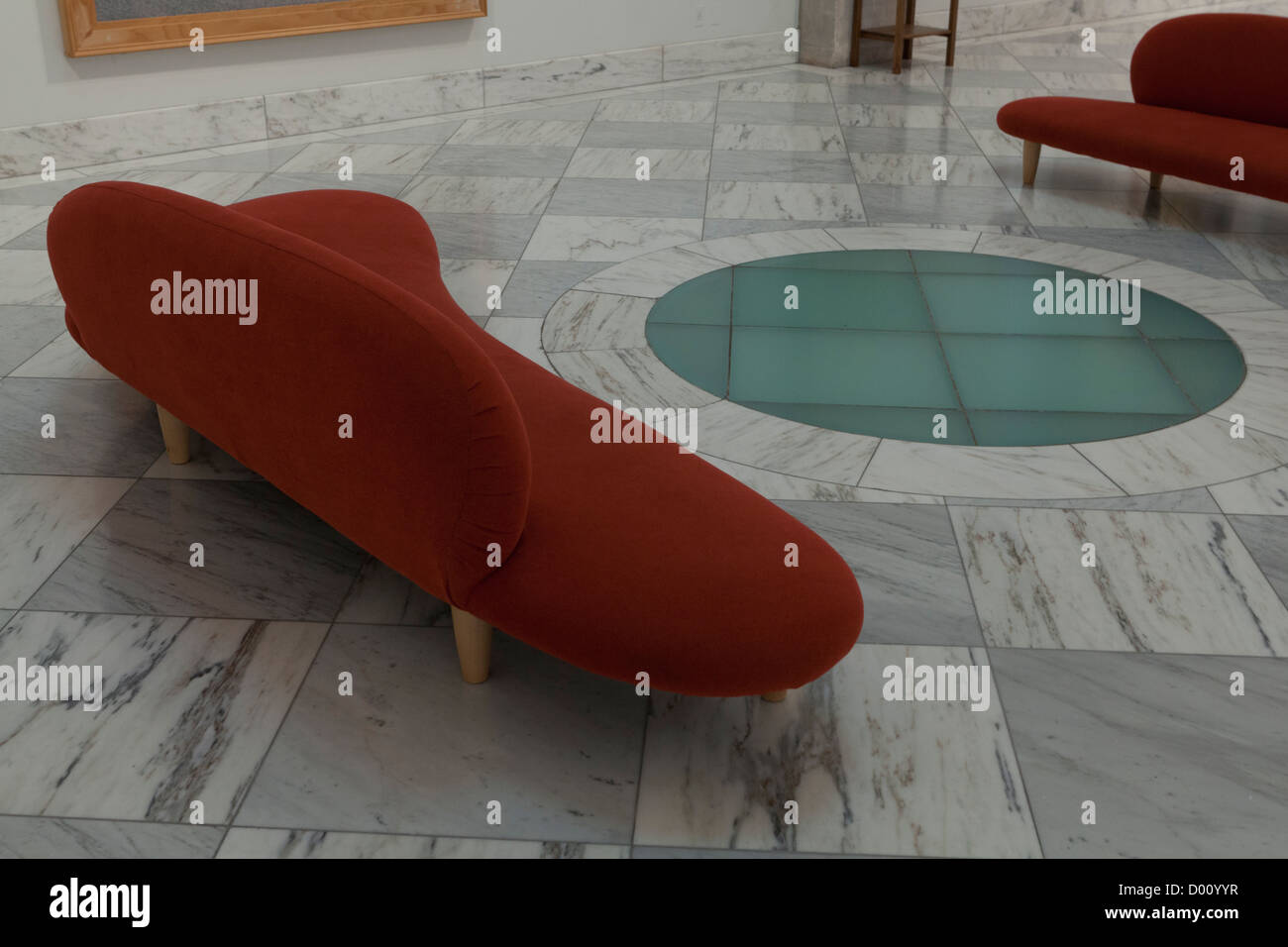 Contemporary seating design in lobby - Stock Image