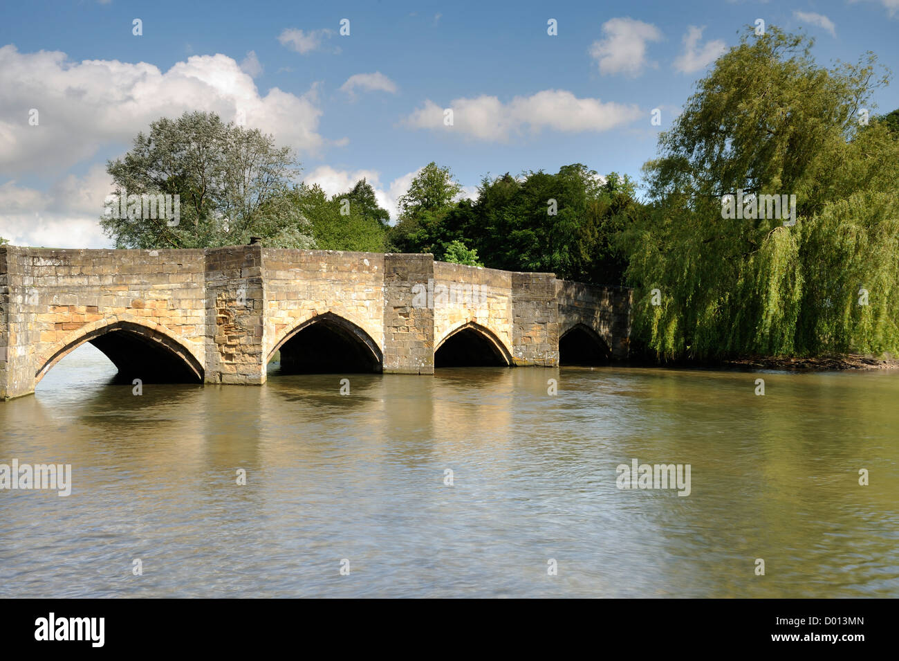 The old bridge that crosses the river Wye in Bakewell, Derbyshire, UK. - Stock Image