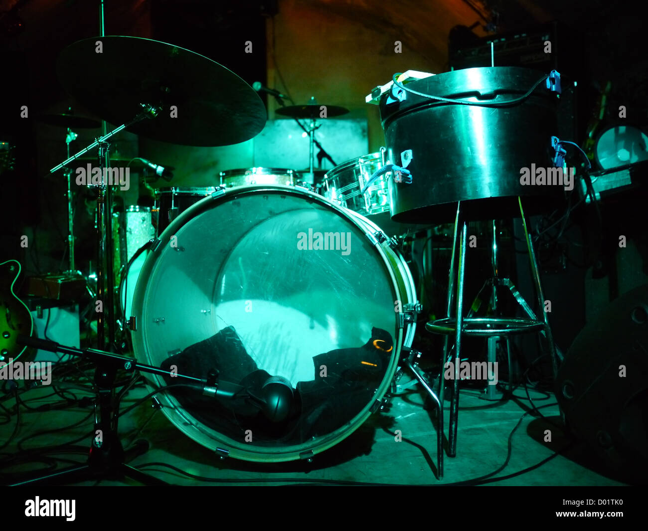 A Drum Set On Stage In Show Lighting Stock Photo 51672404 Alamy