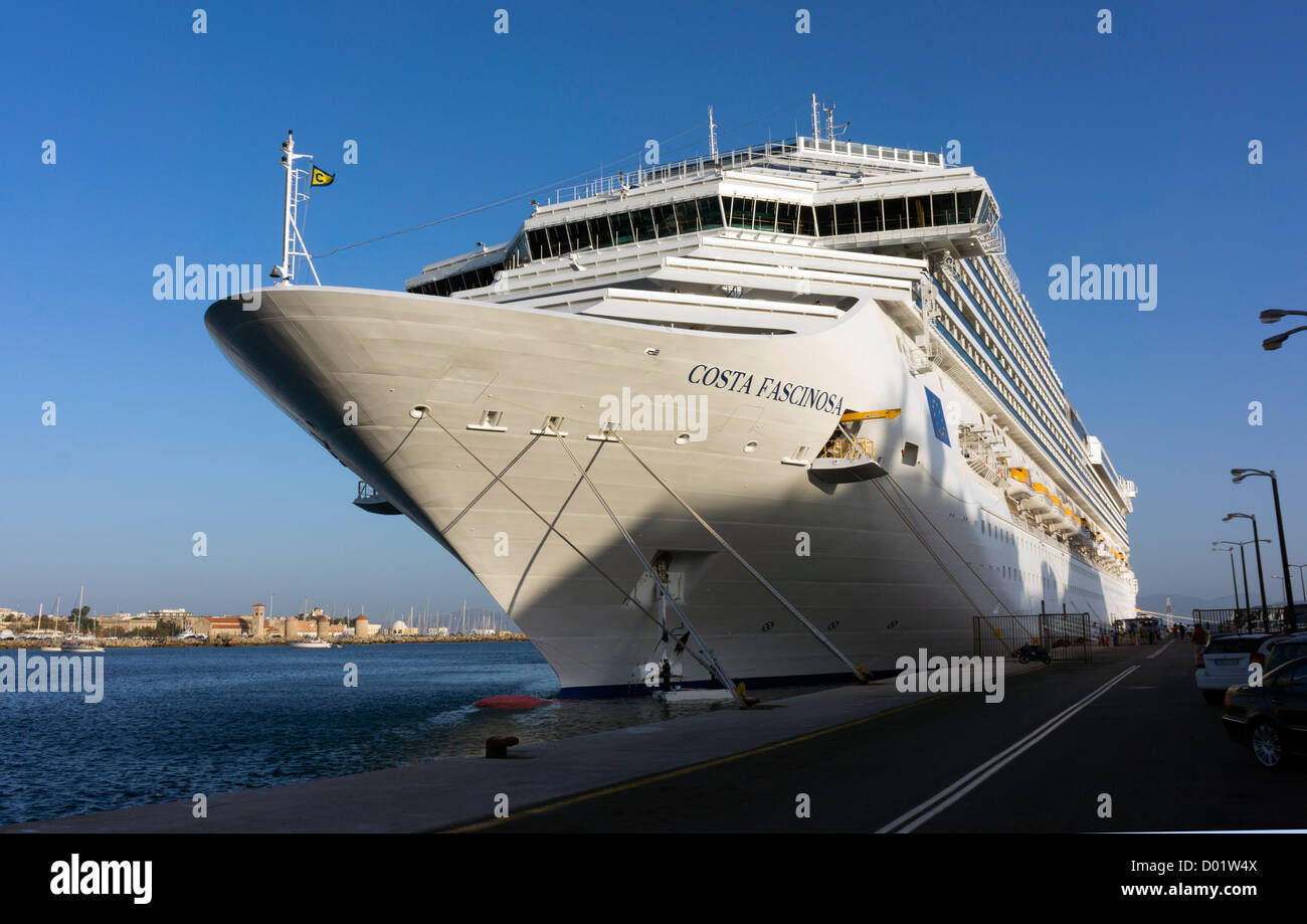 Cruise liners in Rhodes, Rhodos, harbour Costa Fascinosa - Stock Image