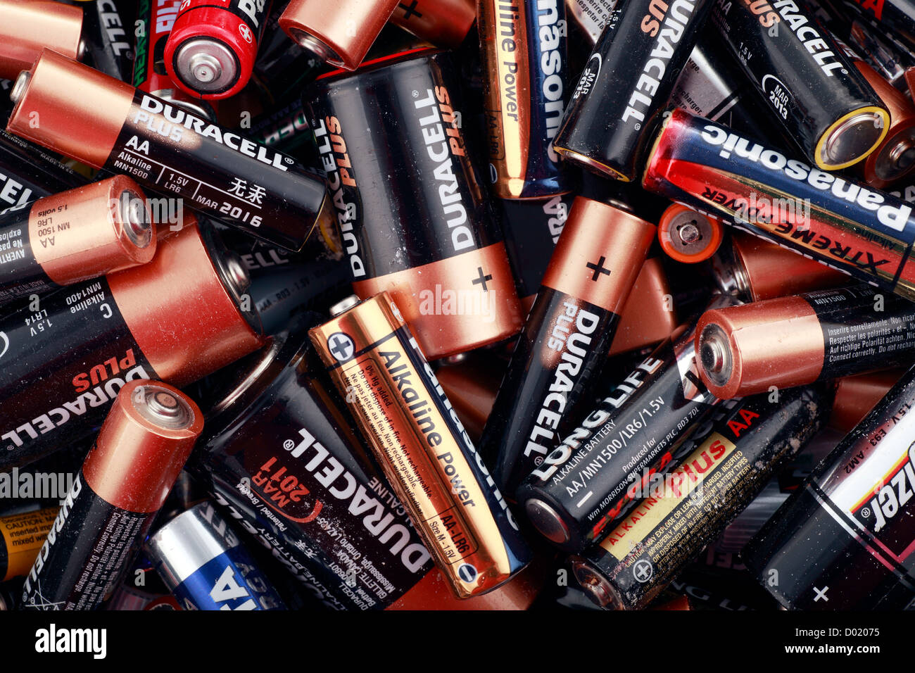 Old Batteries Stock Photos Images Alamy Nonrechargeble Battery Diagram Disguarded For Recycling Image