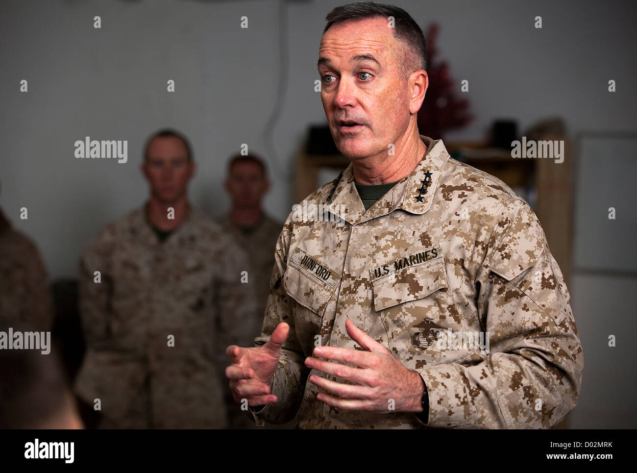us marine general joseph dunford assistant commandant of the marine