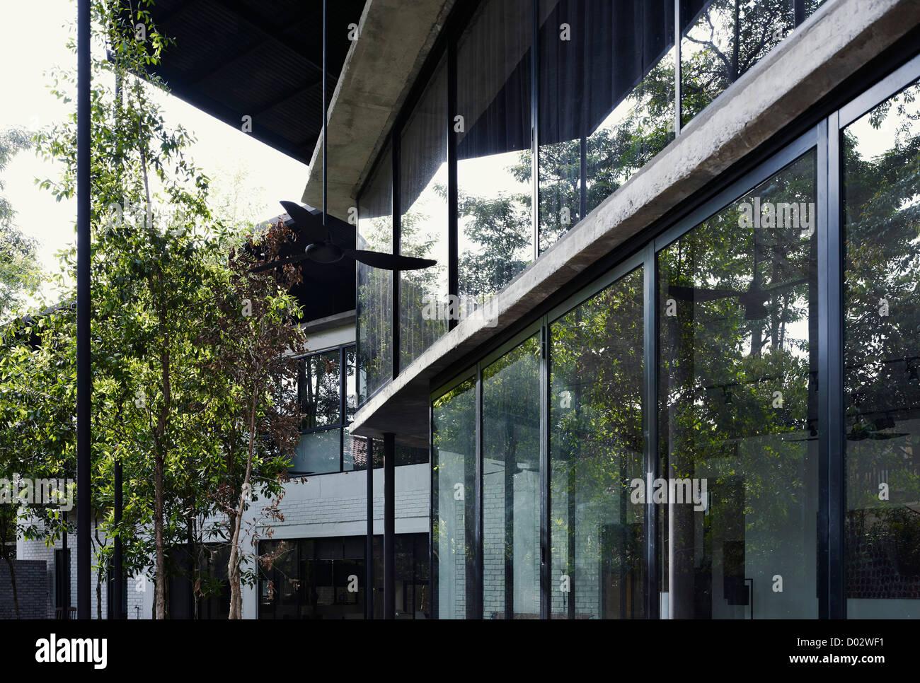Dog Concrete House Kuala Lumpur Malaysia Architect Kevin Low