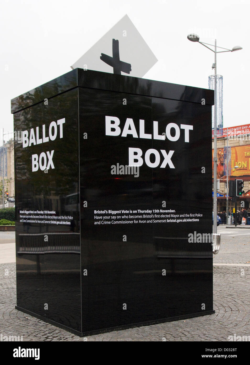 Bristol, UK. 15th November 2012. A oversize mock ballot box placed in the center of Bristol, England. This is to - Stock Image