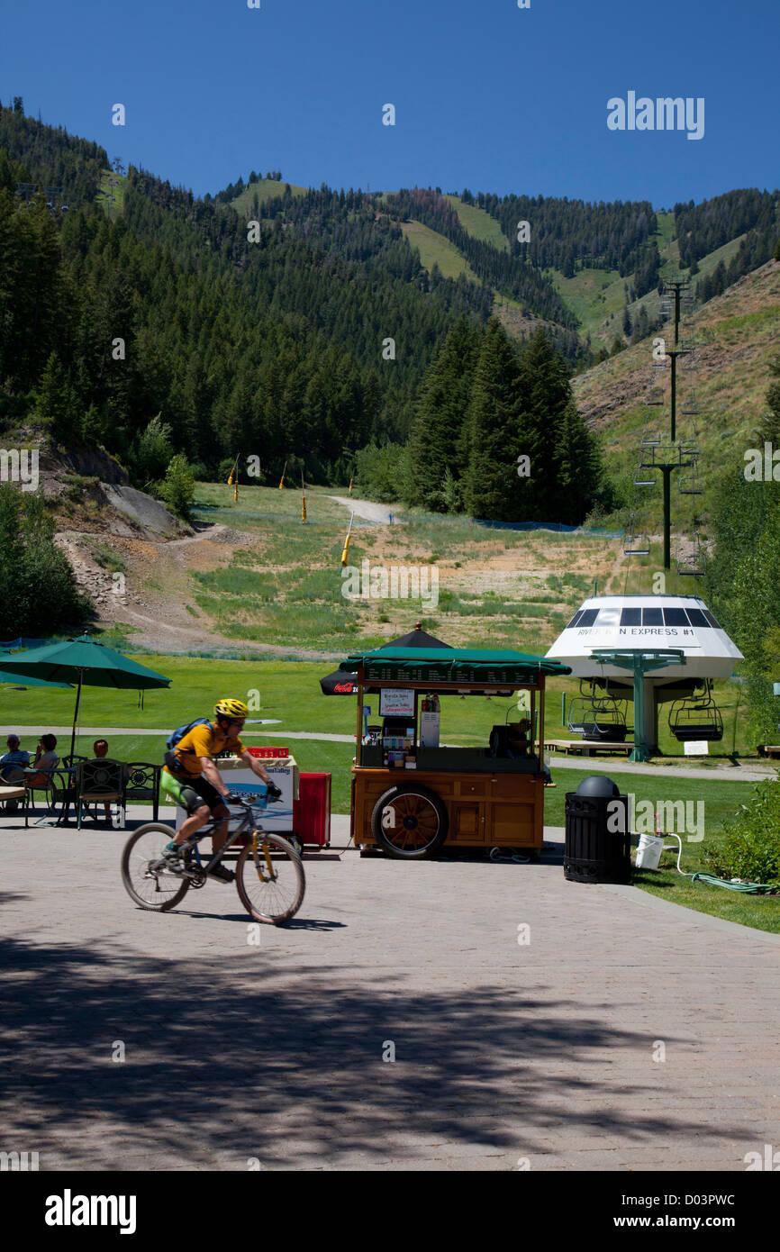Idaho, Ketchum, Sun Valley, River Run Plaza, at the base of Bald Mountain - Stock Image