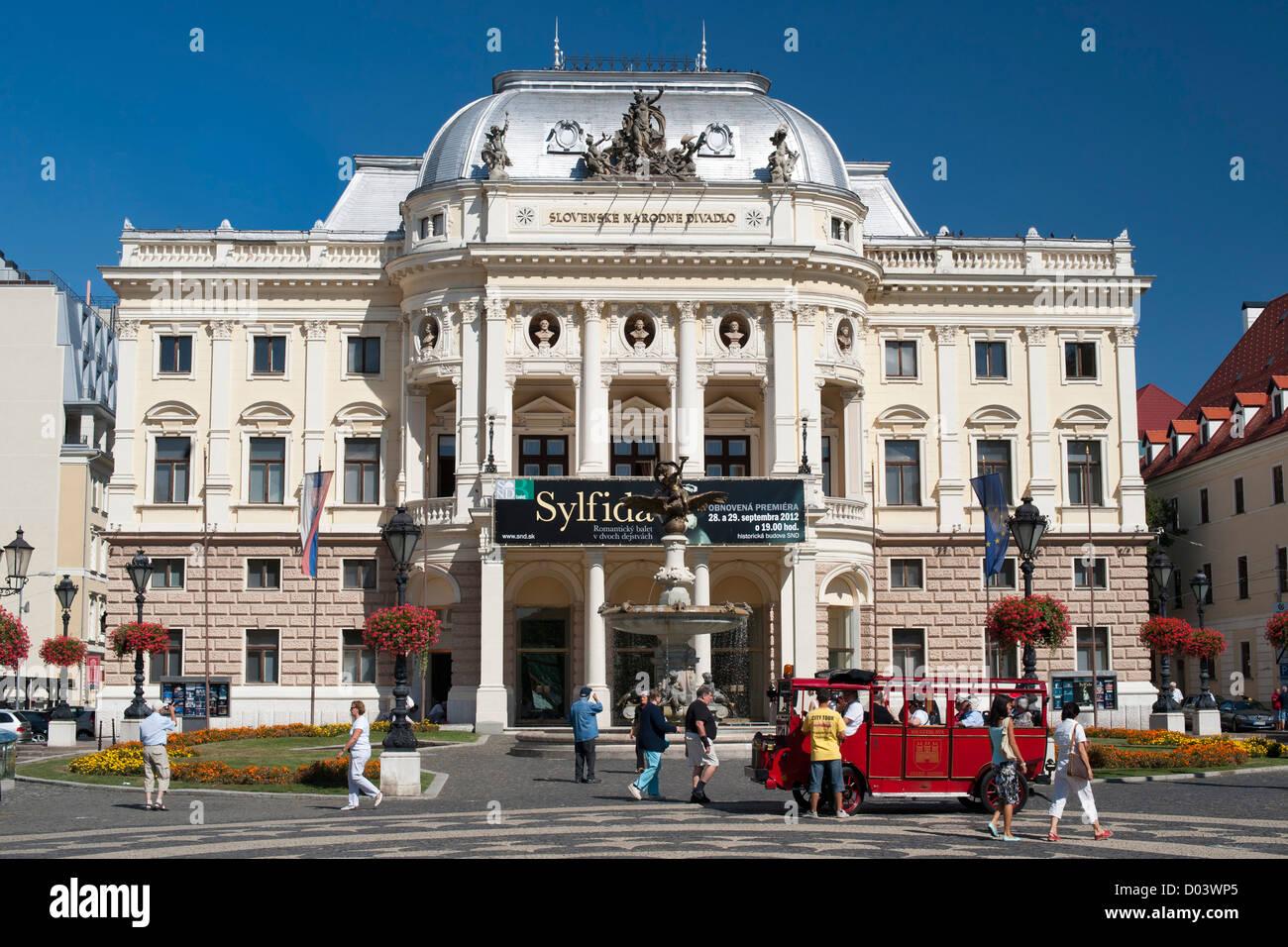 The National Theatre in Hviezdoslav Square in Bratislava, the capital of Slovakia. - Stock Image