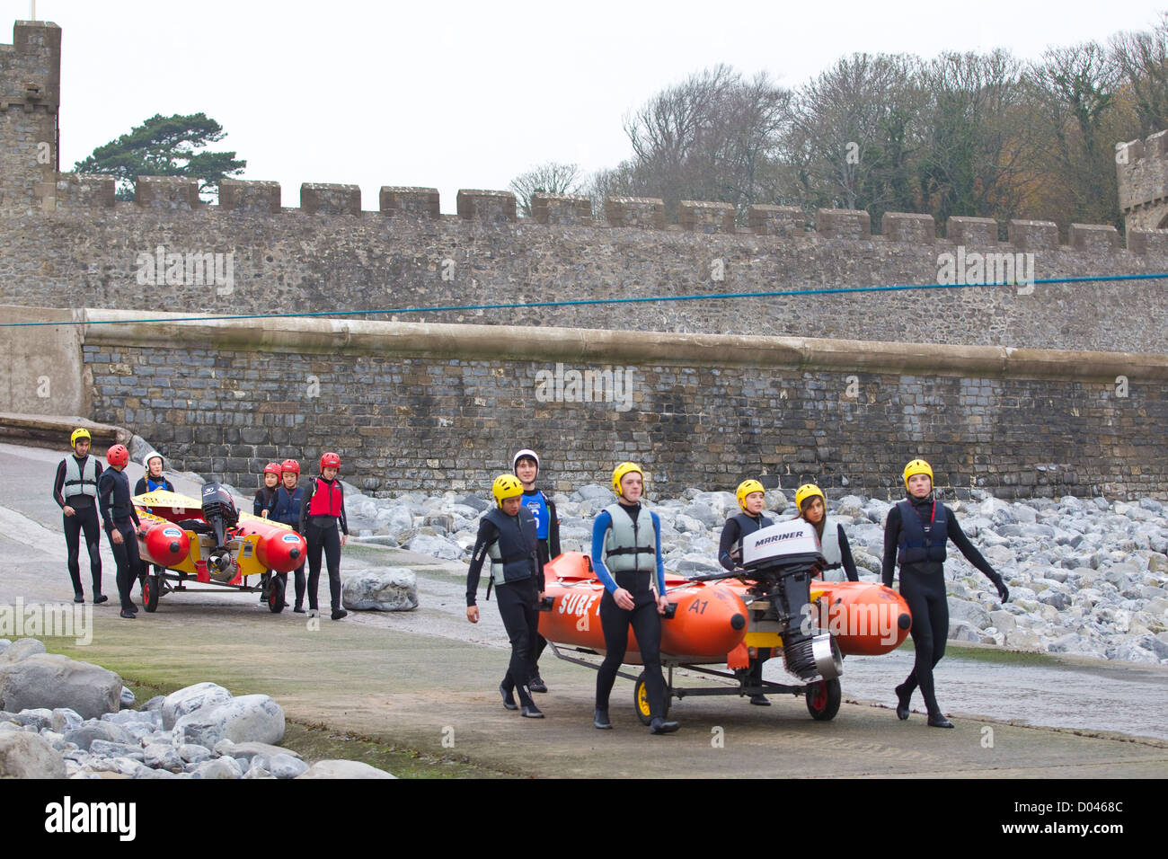 Outdoor Pursuits activities in the grounds of UWC Atlantic College, St Donat's Castle, The Vale of Glamorgan, - Stock Image
