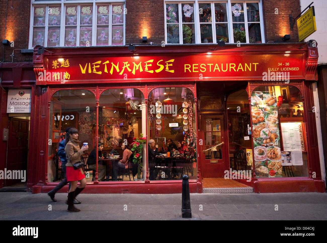 Vietnamese Restaurant Chinatown London England Uk Stock