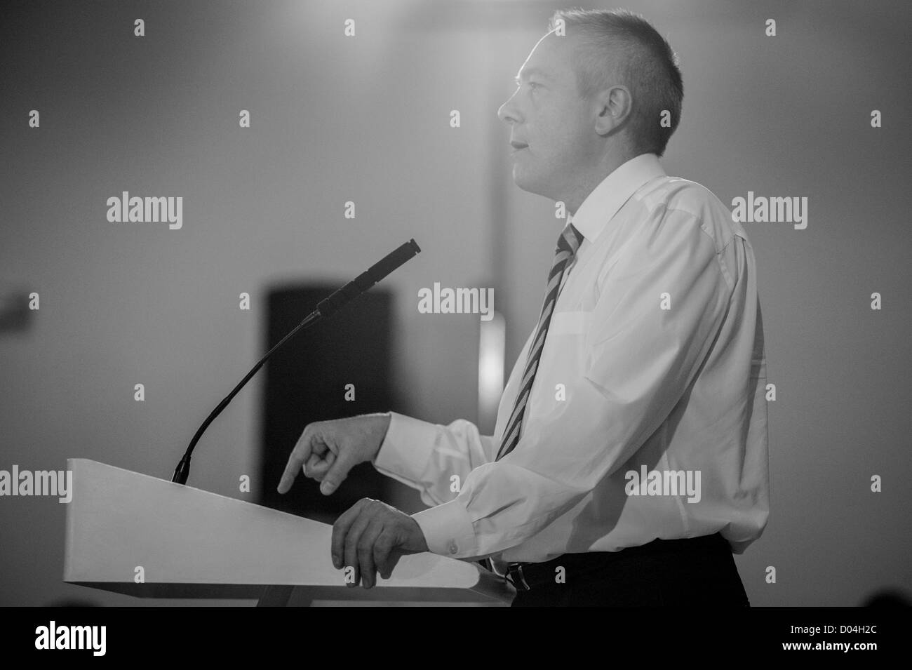 Barcelona, Spain. 16th November 2012. Pere Navarro, candidate,  during his speech in the meeting of PSC party in - Stock Image