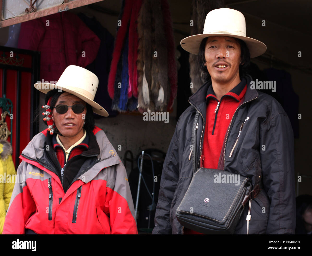 Local men, Litang, Sichuan - Stock Image