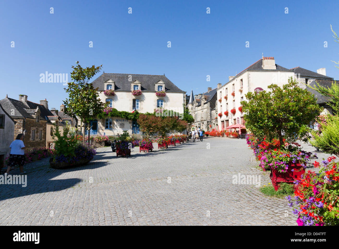 High above the River Arz, Rochefort-en-Terre has been voted one of France's most beautiful village. - Stock Image