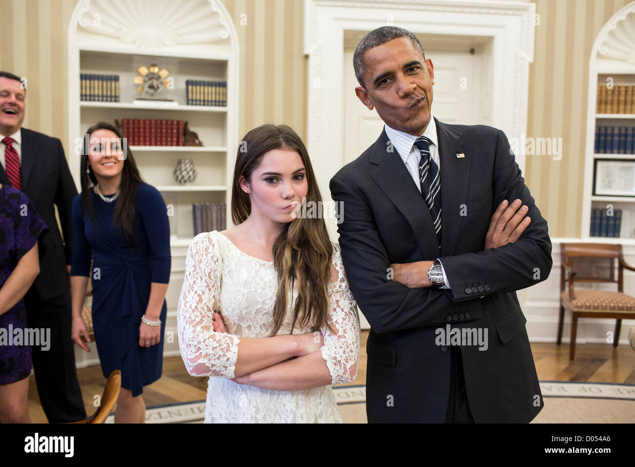 Us President Barack Obama Jokingly Mimics Us Olympic Gymnast Mckayla