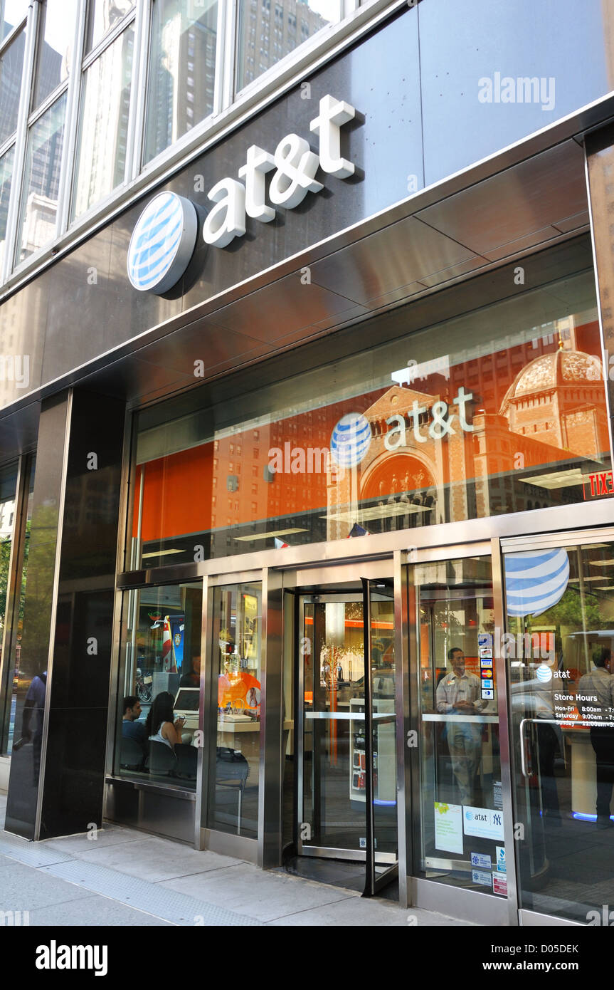 AT&T store, New York City, USA - Cell Phones, U-verse ...