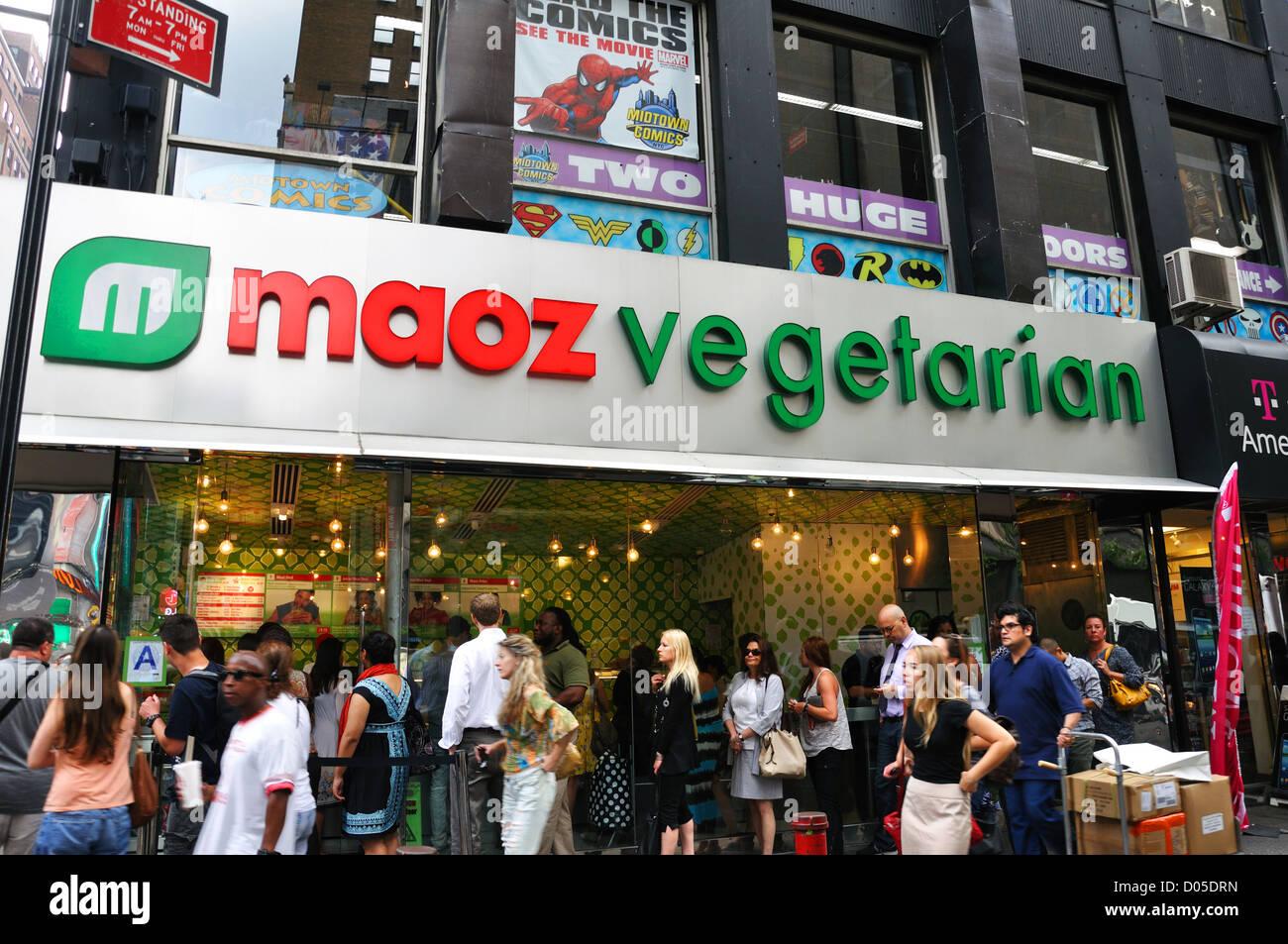 Maoz Vegetarian Restaurant New York City Usa Stock Photo