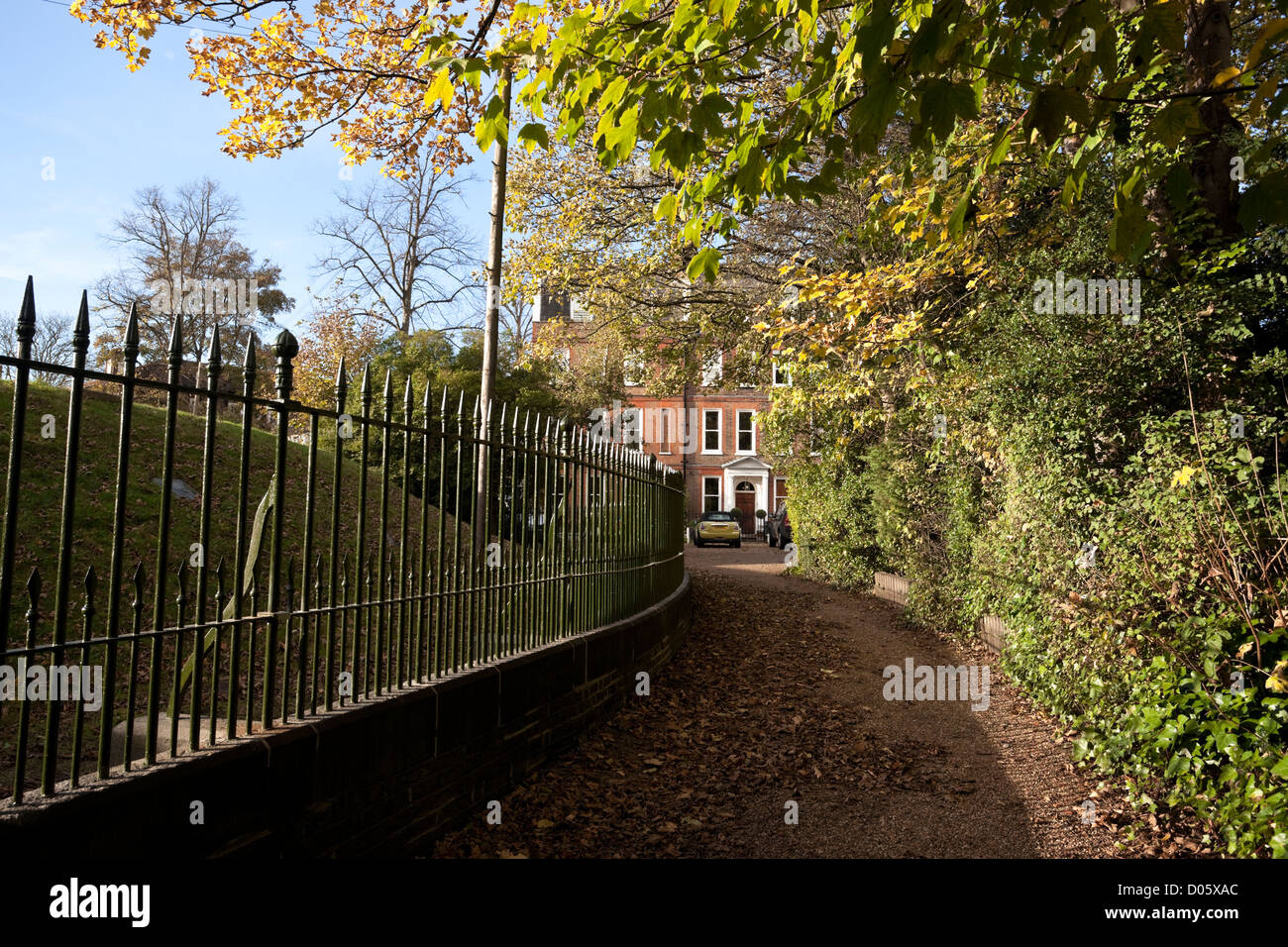 Fenced driveway - Stock Image